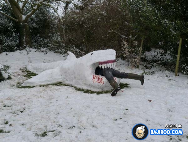 funny-amazing-snow-ice-sculptures-images-pics-photos-6